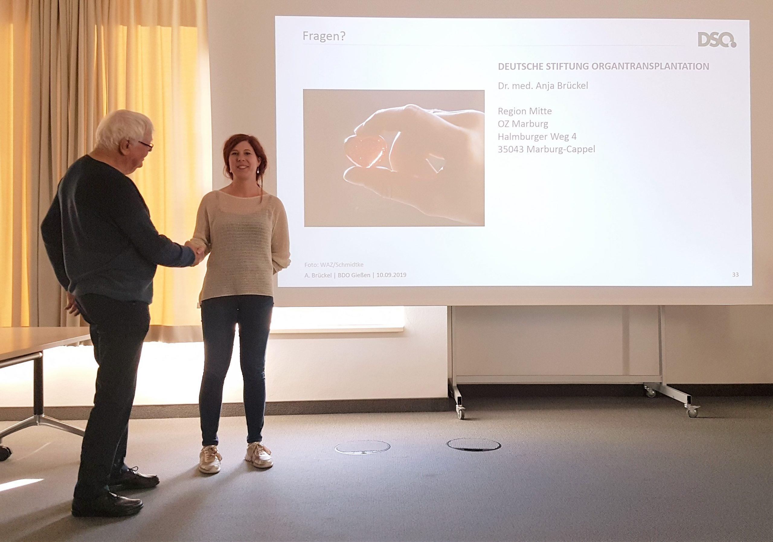 Rüdiger Volke im Gespräch mit Frau Dr. Anja Brückel